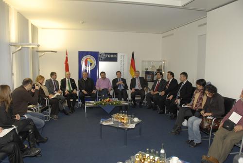 Almanya'da Üçüncü Nesilde 70 bin Türk Girişimci Var