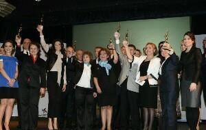 Başarılı Kadınlar Ödüllendirildi
