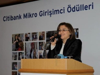 Büyük Düşünen Mikro Girişimci Kadınlar Ödüllerini Aldı
