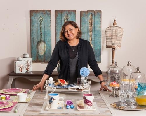 Ev Tekstili, Dekorasyon ve Mobilyada Seçkin Ürünler EvdeBir'de!
