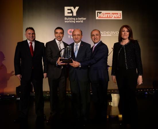 EY Türkiye Girişimcilik Yarışmasında Yılın Girişimcisi Baydöner Oldu!
