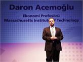 Türk Ekonomist Acemoğlu, Dünyanın En Önemli Ekonomisti Seçildi!