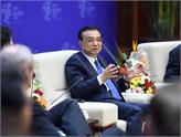 Li Keqiang: Büyük Veri ve İnternet Üretimle Bütünleştirilmeli!
